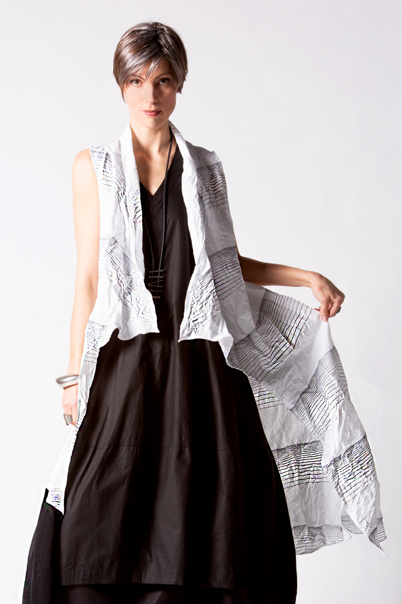 LUUKAA Sara Vest in White/Black Lines