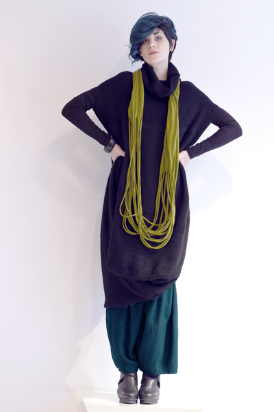Shown w/ Vine Top, Alamo Pant, and Shredded Circle Scarf