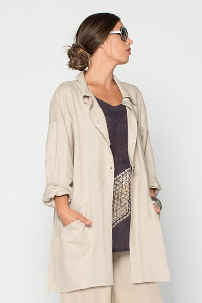 Back Pocket Jacket in Natural Roma
