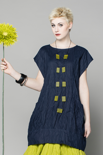 S/S Bubble Tunic in Navy Carnaby