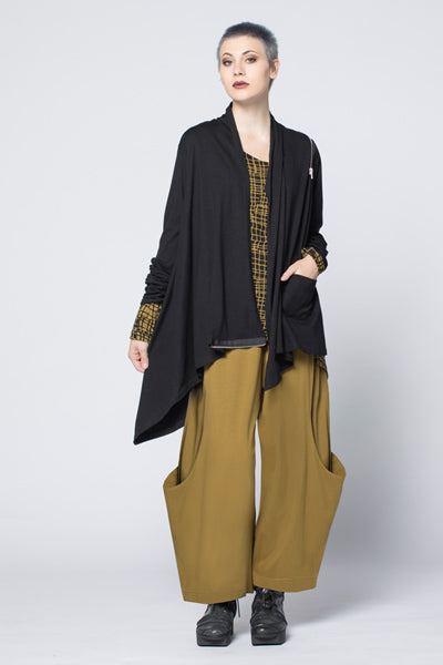 Shown w/ Side Zip Jacket and Meteor Pant
