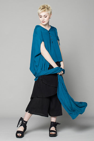 Shown w/ Mondo Top and Layer Pant