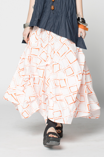 Manifold Skirt in Orange Carre Carnaby