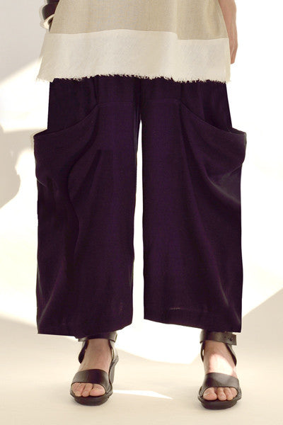 Side Pocket Pant in Black Papyrus