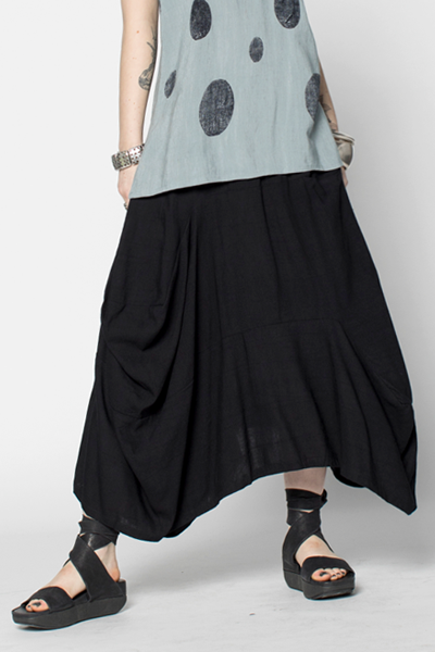 Odyssey Skirt in Black Papyrus