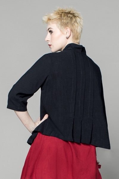 Pleat Jacket in Black Papyrus