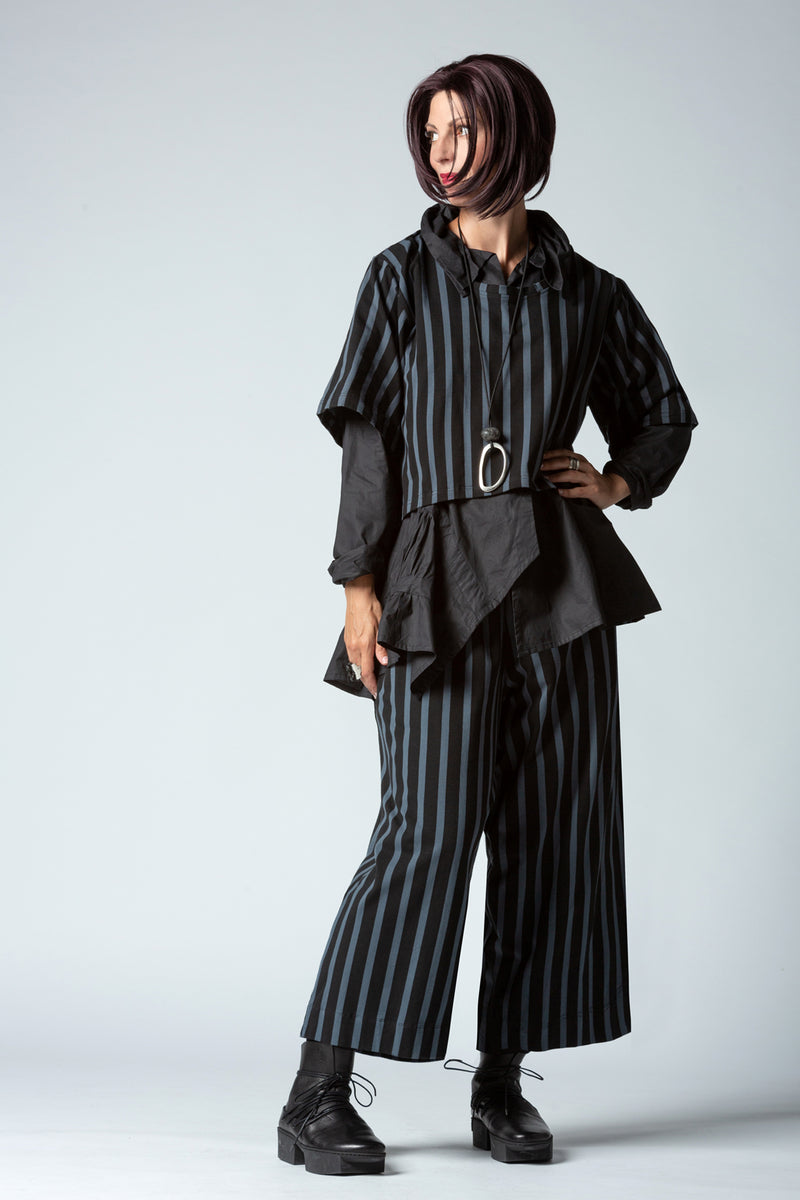 Shown w/ Vienna Shirt and Stripe Pant