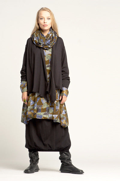 Shown w/ Tunnel Skirt, Veronica Jacket and Crinkle Scarf