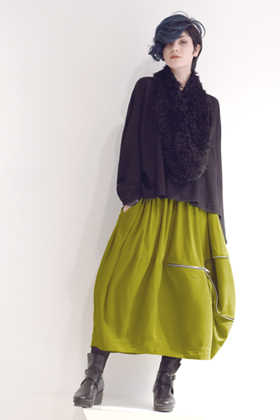 Shown w/ Sonoma Skirt and Art Point Circle Scarf