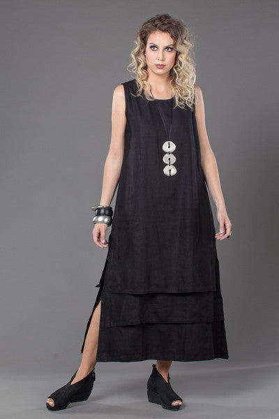Layer Dress in Black Fellini Crinkle