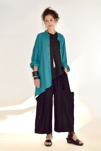 Shown w/ Veronica Jacket and Side Pocket Pant