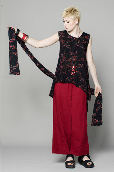 Shown w/ Star Pant and Delphi Scarf