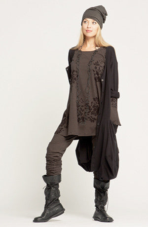 Shown w/ Bell Tunic, Long Pant and Odyessy Coat