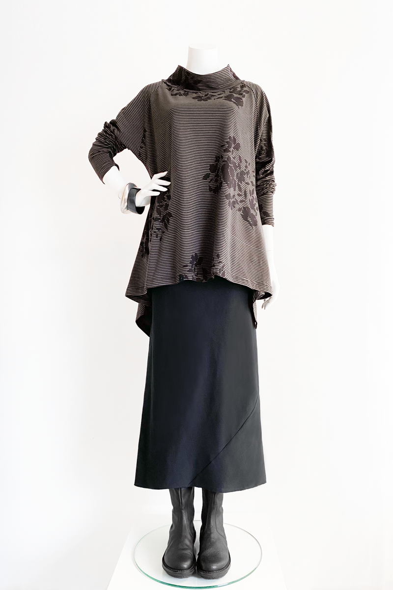Shown w/ Enoteca Skirt