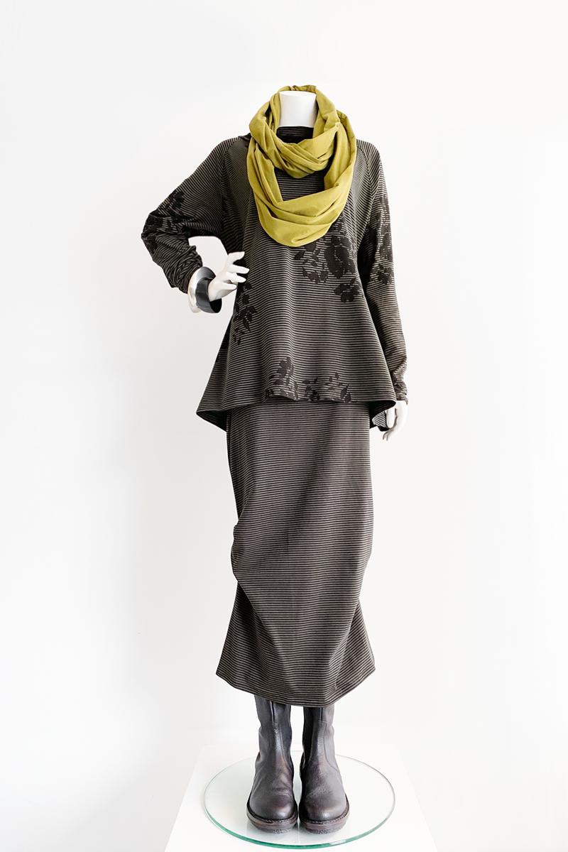 Shown w/ Escape Skirt and Circle Scarf