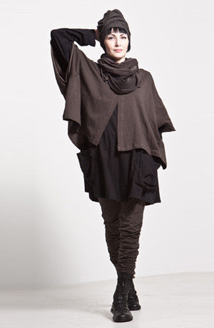 Shown w/ Studio Tunic, Long Pant, Circle Scarf, and Tokyo Hat