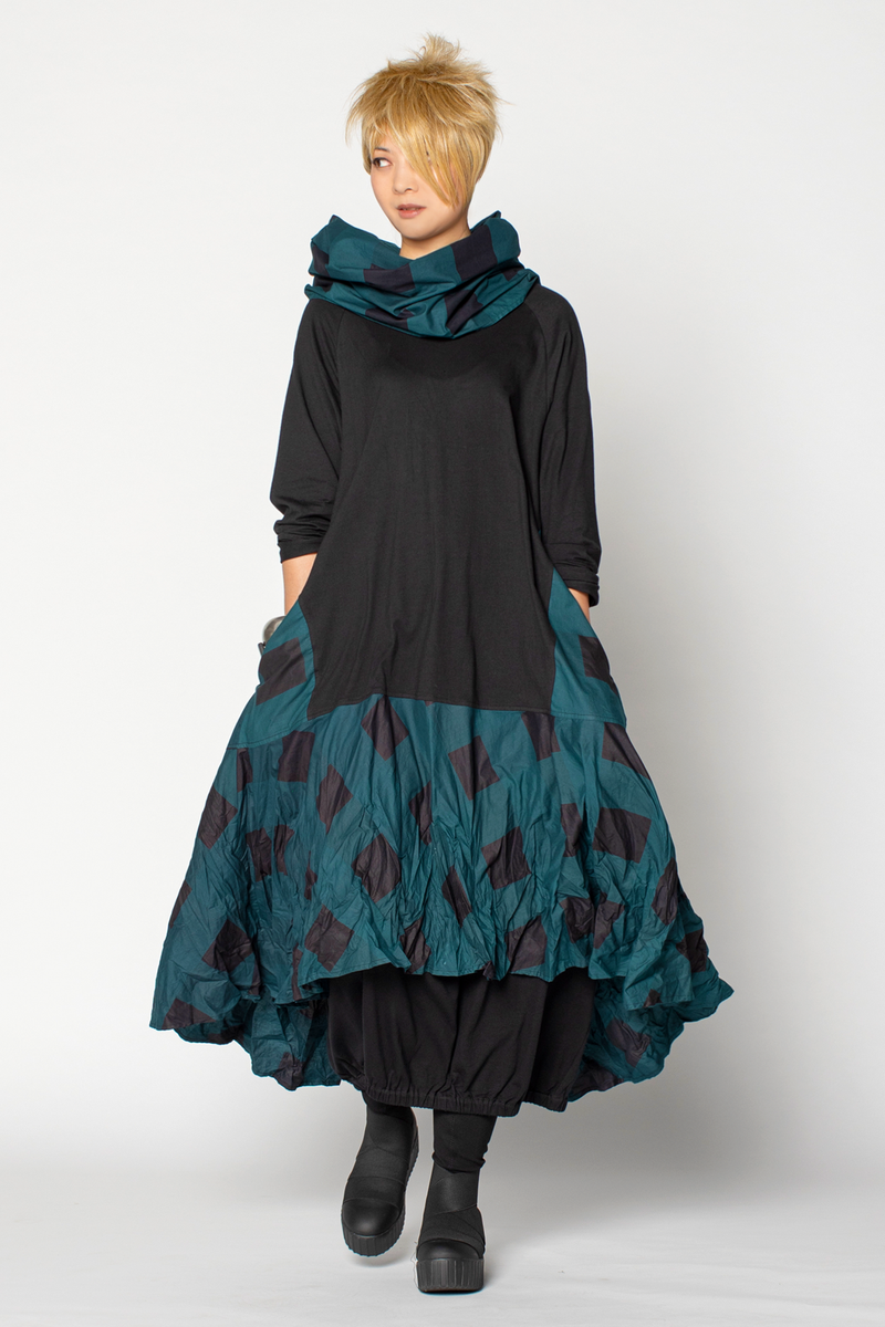Shown w/ Valencia Dress and Carnaby Scarf