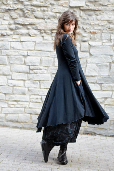 Shown w/ Positano Skirt