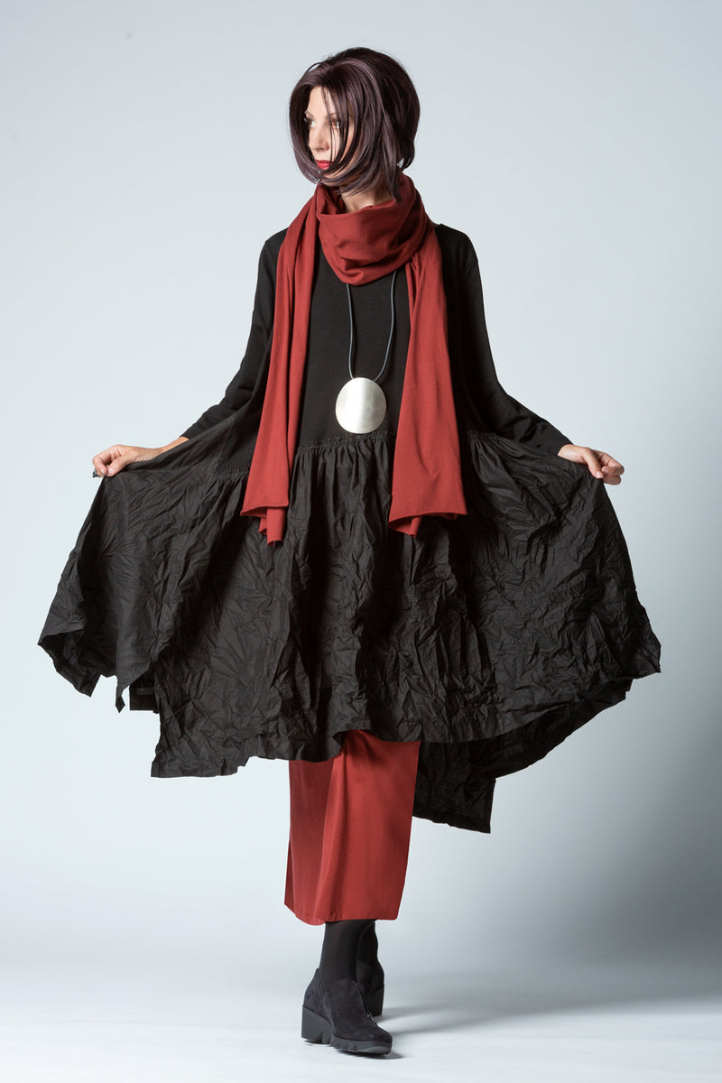 Shown w/ Escape Skirt and Tokyo Scarf