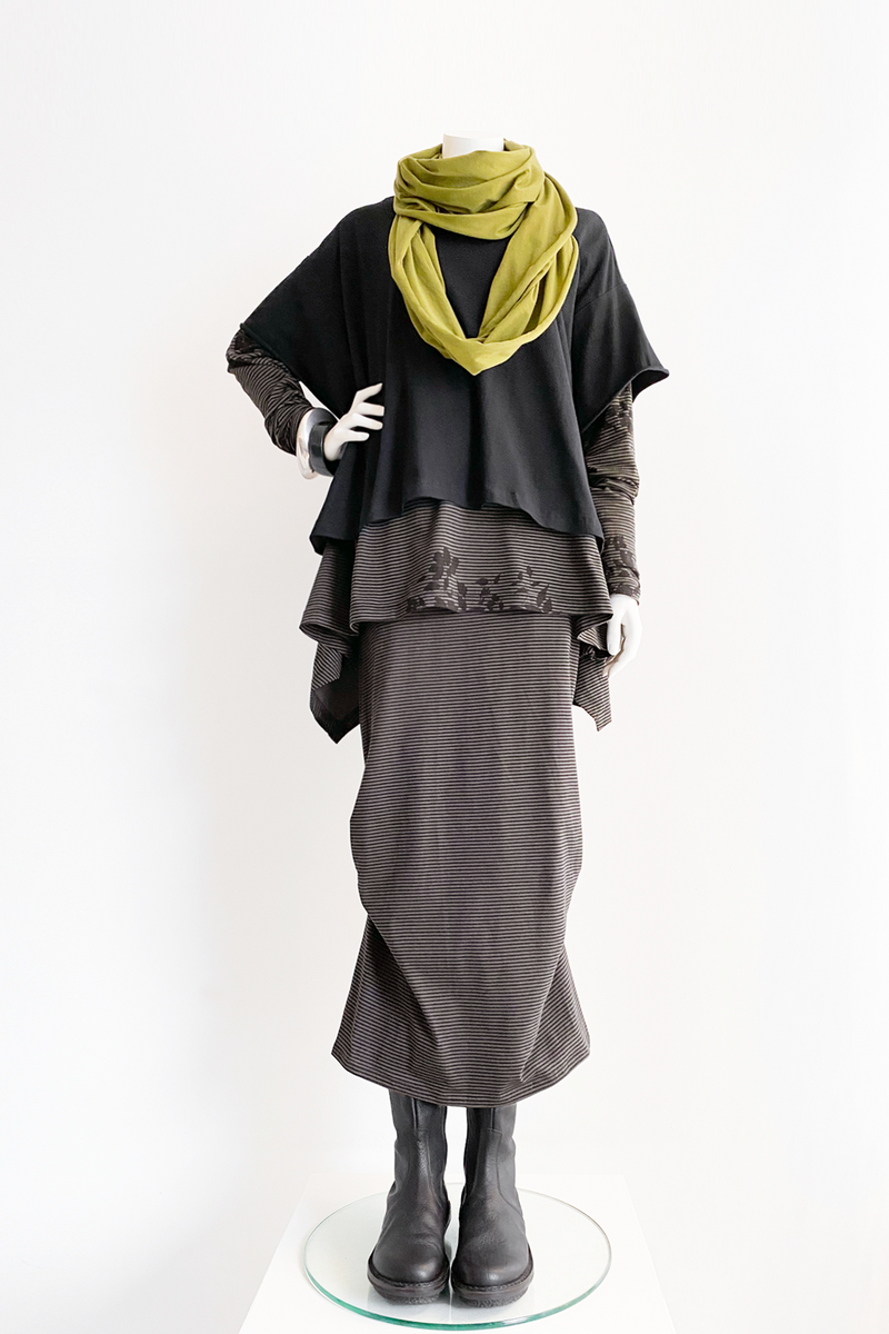 Shown w/ Modena Top, Escape Skirt and Circle Scarf