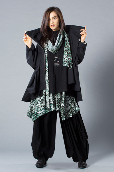 Shown w/ Tahiti Top, Odyssey Pant, Crinkle Scarf, and Left Bank Jacket