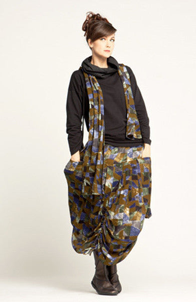 Shown w/ Amazing Skirt and Crinkle Scarf