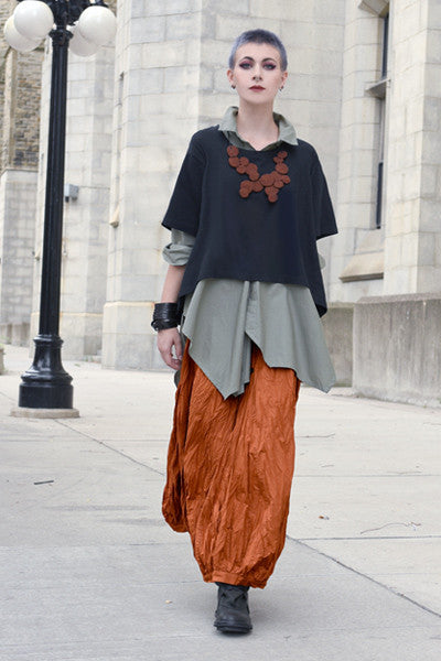 Shown w/ Architect Shirt and Fab Skirt