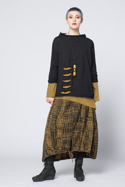 Shown w/ L/S Kura Top and Ravello Skirt