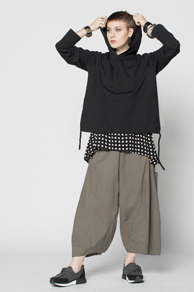 Shown w/ Simple Tank and Albany Pant