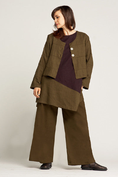 Shown w/ Nagano Tunic and Quadra Crop Jacket