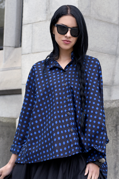 Balboa Shirt in Black & Blue Polka Dots Carnaby
