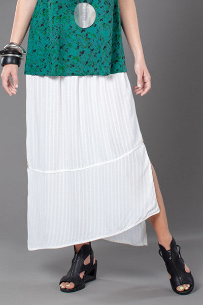 Diagonal Skirt in White Fellini Crinkle
