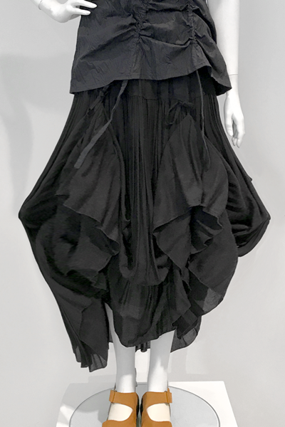 Cassandra Skirt in Black Delphi