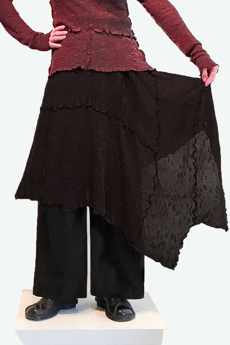 Malta Skirt in Black Sierra