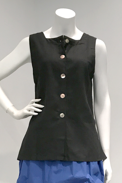 Button Tank in Black Roma