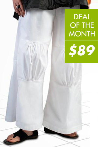 Pleated Knee Pant in White L.A.