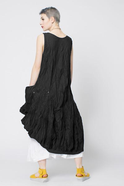 N/S Fab Dress in Black Carnaby