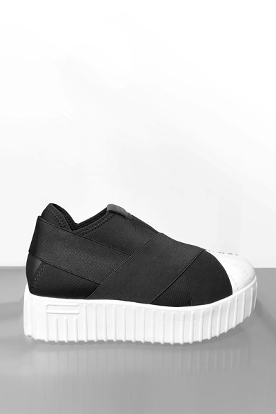 Fessura Hi-Line Crossover Shoe in Black/White