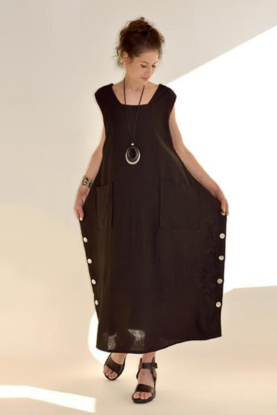 Square Dress in Black Roma