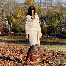 Load image into Gallery viewer, Avellina Cashmere Wrap in Ecru
