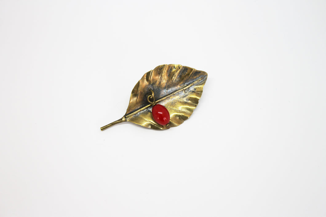 Beech leaf with coral brooch brass