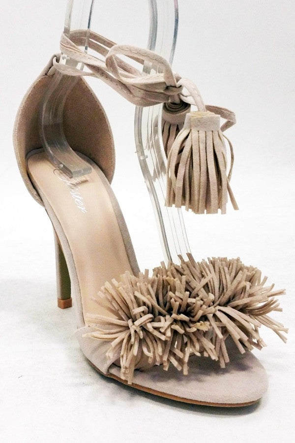 La Tassel Shoes