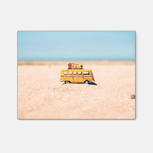 Load image into Gallery viewer, Yellow bus : Three