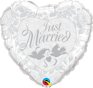 Just married Tauben silber Herz Folienballon 45cm