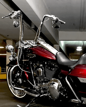 "Open image in slideshow, Factory 47 ""VICLA"" Handlebar Harley-Davidson (Touring and Softail)"