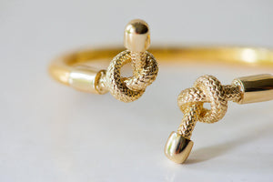 GOLD PLATED DOUBLE KNOT BANGLE