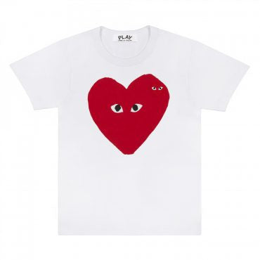 LARGE HEART PRINT T-SHIRT WITH SMALL EYES