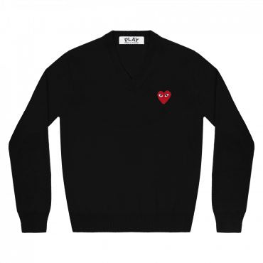BLACK V-NECK SWEATER CLASSIC HEART