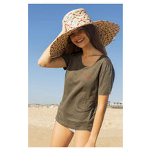 Load image into Gallery viewer, FANTASTIC LINEN KHAKI T-SHIRT