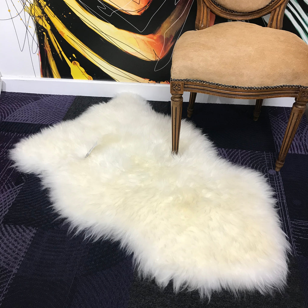 Premium Ivory Sheepskin Rug | GORGEOUS GEORGE